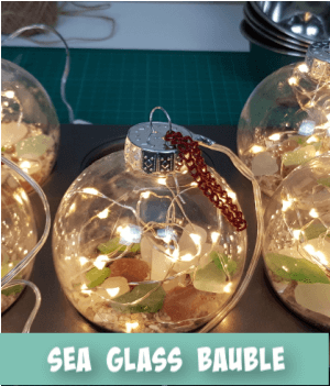 thumbnail image link to site page on  making christmas tree baubles